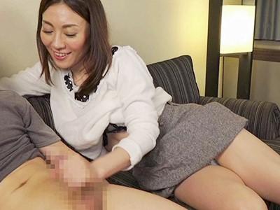 人妻+センズリ鑑賞