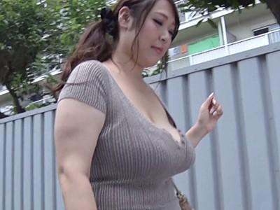 爆乳 人妻
